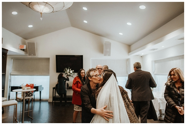 sassafraz wedding photography bows and lavender instagram junebug weddings toronto wedding photographer