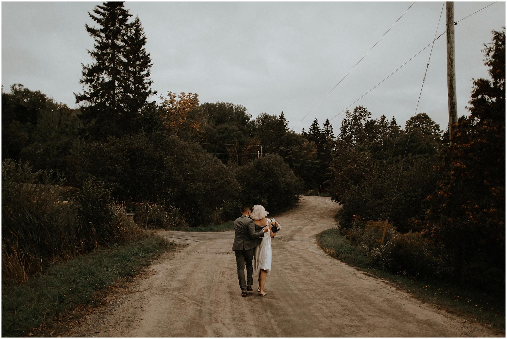 portage inn muskoka huntsville wedding photography bows and lavender cottage wedding inspiration