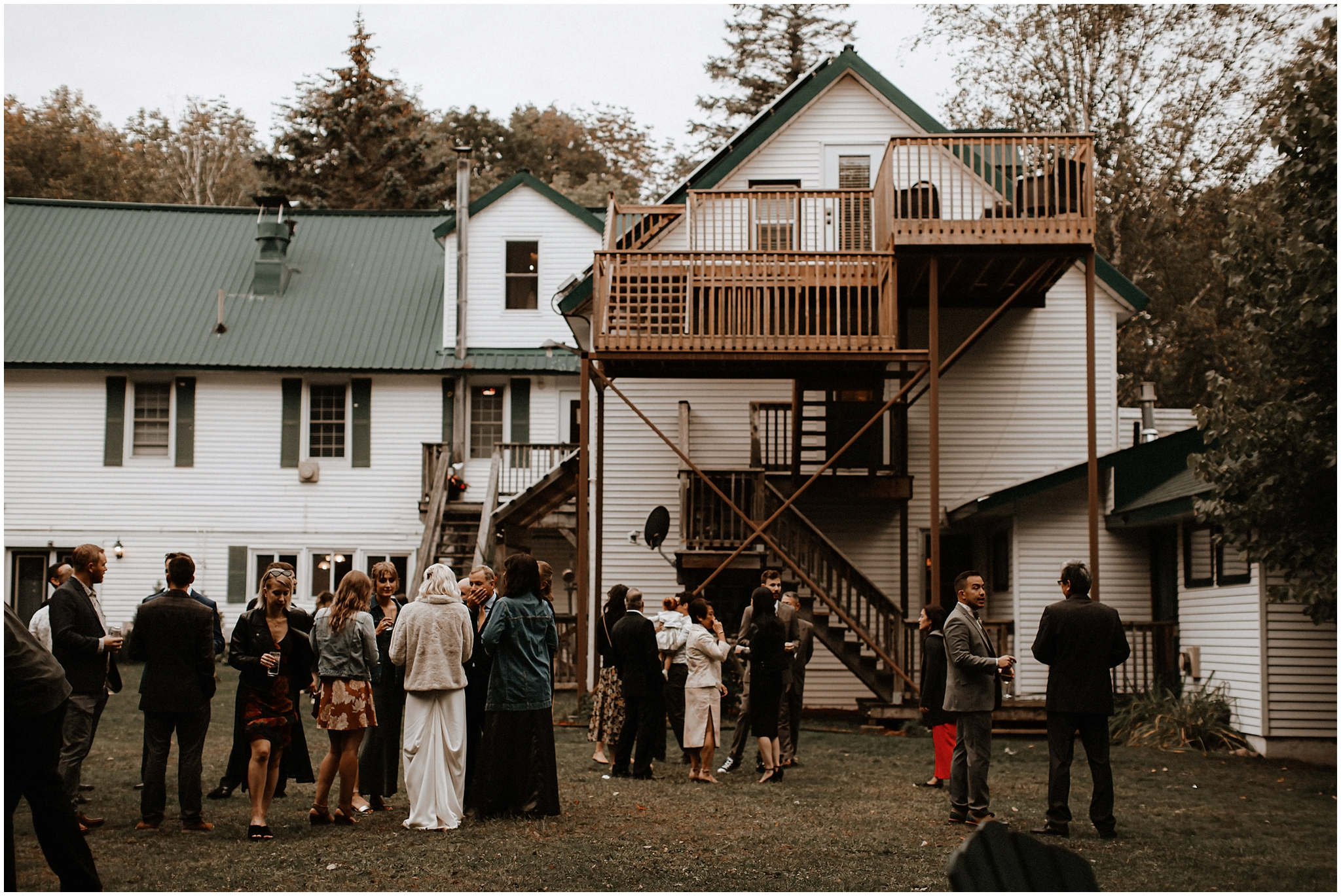portage inn muskoka huntsville wedding photography bows and lavender cottage wedding inspiration